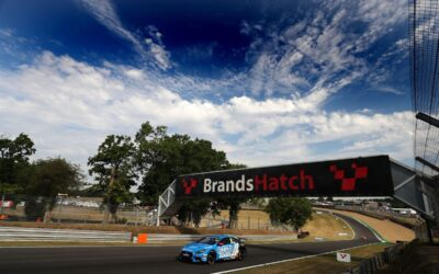 Raw pace on display at Brands Hatch for EXCELR8